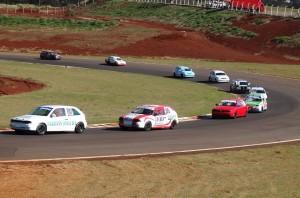 Primeira prova categorias Turismo 1.6