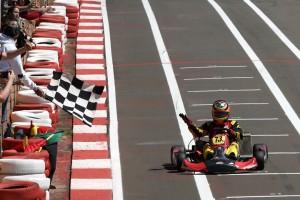 André Napoli conquistou o 10º título no Paranaense de Kart