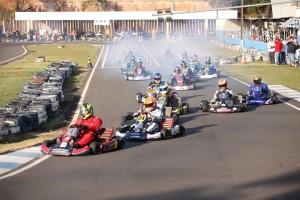 O Kartódromo Luigi Borghesi terá um sábado de programação cheia para quem gosta de velocidade