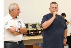 Rubens Gatti, presidente da FPrA, e Eduardo Ortolan, vice-presidente do Rallye Clube de Cascavel, comandaram a cerimônia de premiação
