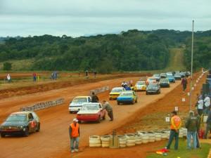 A Velocidade na Terra do Paraná destaca-se por provas equilibradas e por revelar muitos pilotos