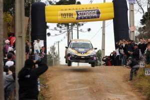 O Rali de Piraquara tem suas especiais permitindo que os competidores fiquem mais próximo do público