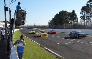 A categoria Turismo se fez presente no Autódromo de Loindrina