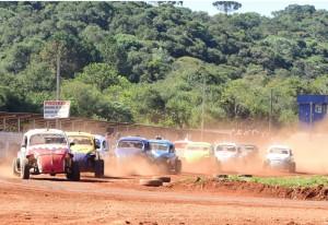 A categoria Fusca Velocidade vive um bom momento na Velocidade na Terra do Paraná