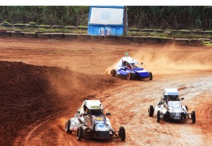A categoria Mini Fórmula testa a habilidade dos pilotos na terra