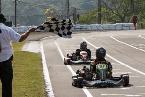 José Lucas Matos é o campeão da categoria F-4 Graduados