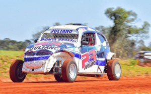 Juliano dos Anjos irá disputar a próxima etapa da Fusca Velocidade A em casa