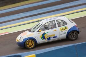 Miguel Laste sagrou-se campeão da categoria Marcas B na melhor temporada de sua carreira