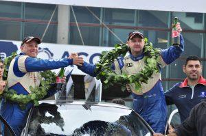 Os paranaenses César Valandro e Rafael Túlio iniciam a prova de amanhã como campeões antecipados da categoria RC4