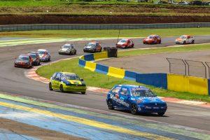 A categoria Marcas 1.6 atravessa seu melhor momento no Paraná e poderá ganhar também um Estadual de Endurance