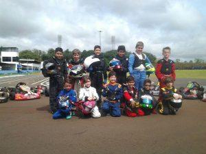 Os pilotos formados na Escolinha de Kart de Londrina ocuparão mais da metade do grid da categoria Cadete