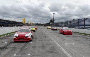 A categoria Turismo 5000 teve uma prova no sábado e outra no domingo