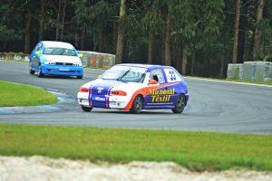 Gustavo Magnabosco, atual campeão, dominou o treino classificatório de hoje à tarde no Autódromo Internacional de Curitiba