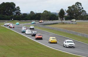 A categoria Turismo 1.6 reuniu 36 carros na pista