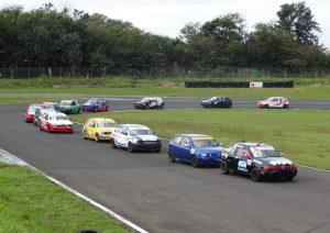 A categoria Turismo 1.6 teve 30 carros na pissta