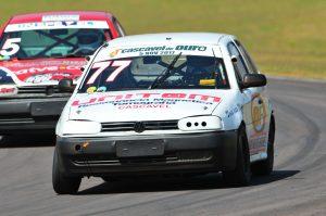 Eduardo Weirich já pode comemorar o título na categoria Turismo 1.600 C