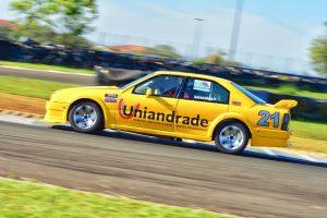 Anderson Andrade busca seu primeiro titulo na Turismo 5000