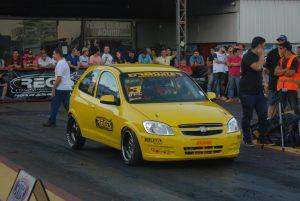 Adriano Prado só depende de seus resultados para ser campeão da categoria Dianteira Turbo C