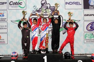 Pódio da categoria Mirim, pódio de futuras estrelas do automobilismo brasileiro