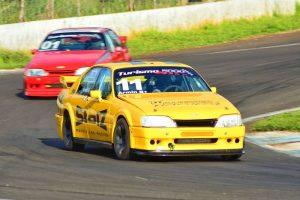 Armin Kliewer busca o bicampeonato na categoria Turismo 5000