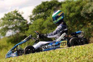 O paulista João Pocay venceu a categoria Master 125cc
