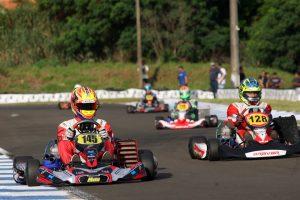 As provas desta Sexta-Feira Santa reservam muitas emoções no Kartódromo Luigi Borghesi, em Londrina