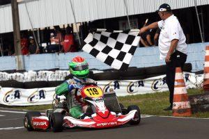Enzo Caporale de Sá conquistou o único título de São Paulo ao ser campeão da categoria Novatos