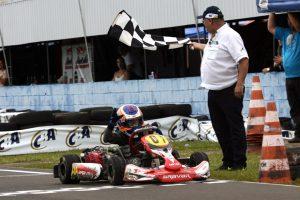 Filipe Vriesman, de Carambeí, garantiu o título da categoria Mirim para o Paraná