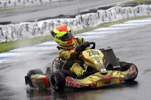 O catarinense João Pedro Maia superou as dificuldades da pista molhada para ser campeão da categoria Júnior