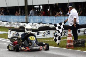 Lucas do Valle é outro londrinense a se destacar, sendo campeão da F-4 Graduados