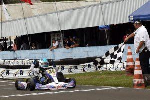 Vinicius Tessaro, de Goiás, é o campeão da categoria Júnior Menor