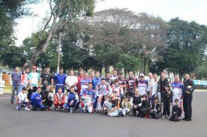 A 2ª etapa do Campeonato Citadino de Kart de Foz do Iguaçu contou com a participação de 47 pilotos (Foto: Divulgação)