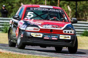 A dupla Marcos Cortina/Beto Vanzin está imbatível na categoria Turismo I
