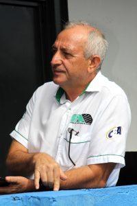 Rubens Gatti trabalha para impedir que provas piratas coloquem em risco a vida de pilotos, organizadores e de torcedores (Foto: Mario Ferreira)
