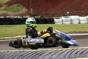 Valdinei Veira dos Santos, de Cascavel, conquistou a vitória na categoria Sênior B (Foto: Mario Ferreira)