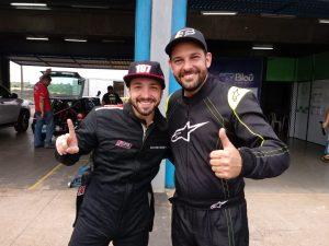 Guilherme Ragnini e Carlos Schilipak garantiram em Cascavel direito de disputar o Brasileiro de Velocidade na Terra (Foto: Bispo Neto/Divulgação)
