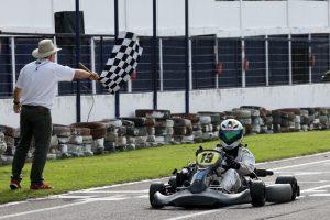 Moacir Petry, de Cascavel, estreou no Metropolitano com vitória na categoria F-4 Super  (Foto: Mario Ferreira)