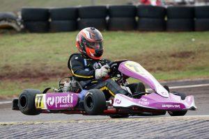 Valdeno Brito, piloto da Stock Car, sagrou-se campeão da categoria Super Sênior e irá disputar também o Brasileiro (Foto: Mario Ferreira)