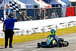 Cadu Bonini é o campeão da categoria Júnior Menor (Foto: Mario Ferreira)