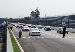 A categoria Turismo B teve excelente grid no fim de semana (Foto: Divulgação)