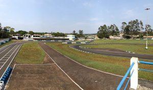A pista do Kartódromo Municipal de Campo Mourão foi recapeada para o Paranaense de Kart deste ano (Foto: Divulgação)