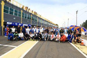 Pilotos particpantes da 28ª edição das 500 Milhas de Londrina (Foto: Cláudio Kolodziej)
