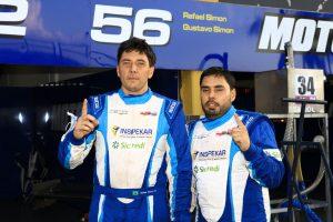 Rafael e Gustavo Simon largam na primeira colocação nas 500 Milhas de Londrina (Foto: Cláudio Kolodziej)