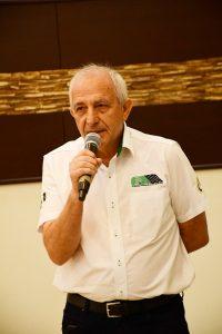 Rubens Gatti, presidente da FPrA, informa que as pistas de Maringá e Campo Mourão ainda precisam executar algumas obras (Foto: Victor Lara)