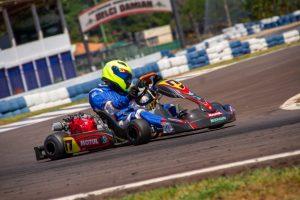 Fábio Martins conquistou o título da categoria F-4 B (Foto: Tiago Guedes/Divulgação)