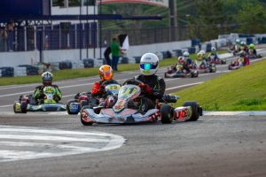 Sem competições há quatro meses em função da Covid-19, o Kartódromo Delci Damian sedia sábado com a abertura do Metropolitano de Kart (Foto: Tiago Guedes/Divulgação)