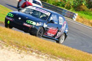 Marcelo João de Oliveira Filho conquistou o título da categoria Turismo C com uma vantagem de apenas três pontos (Foto: Victor Lara)